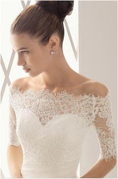 vestido de noiva com detalhes em renda