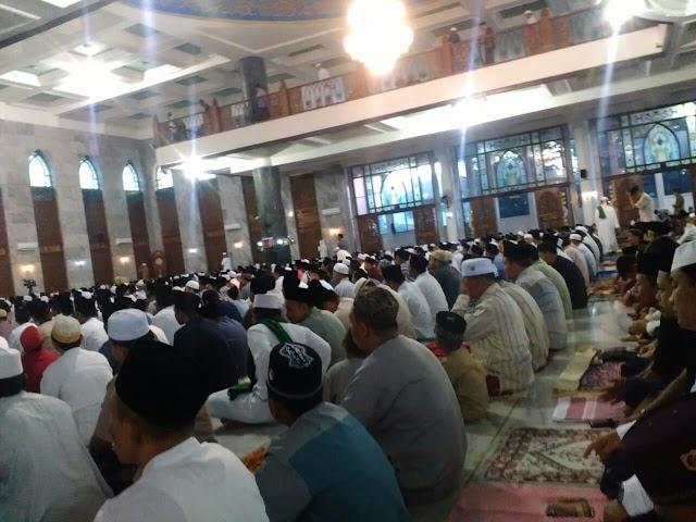 Antusiasme Jamaah Sholat Ied di Masjid Agung Asy-Syuhada Pamekasan