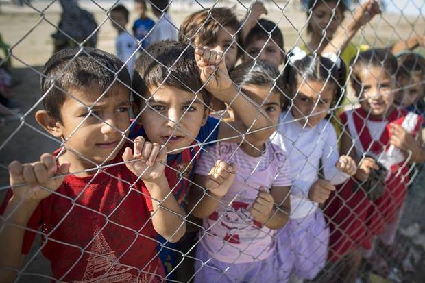رسالة من السوريين لكل الشعوب