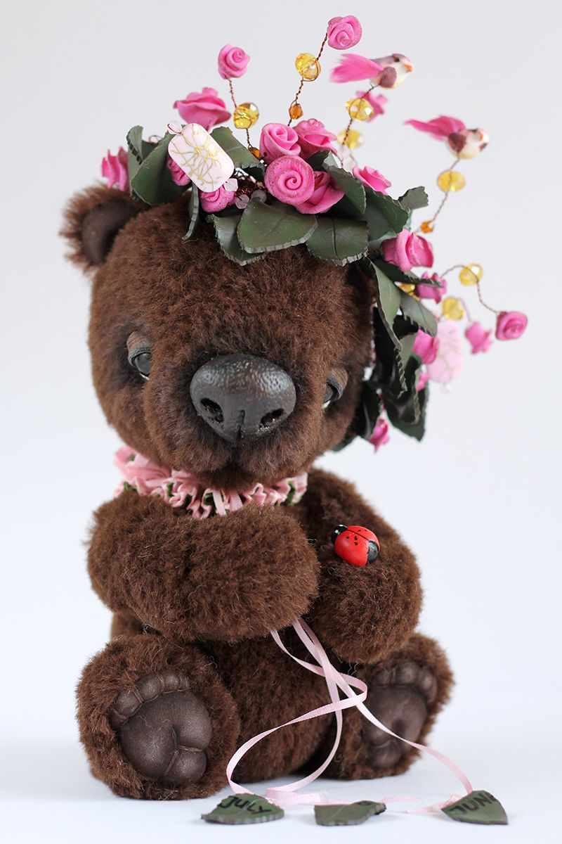 Teddy bear with pink roses - photo#44