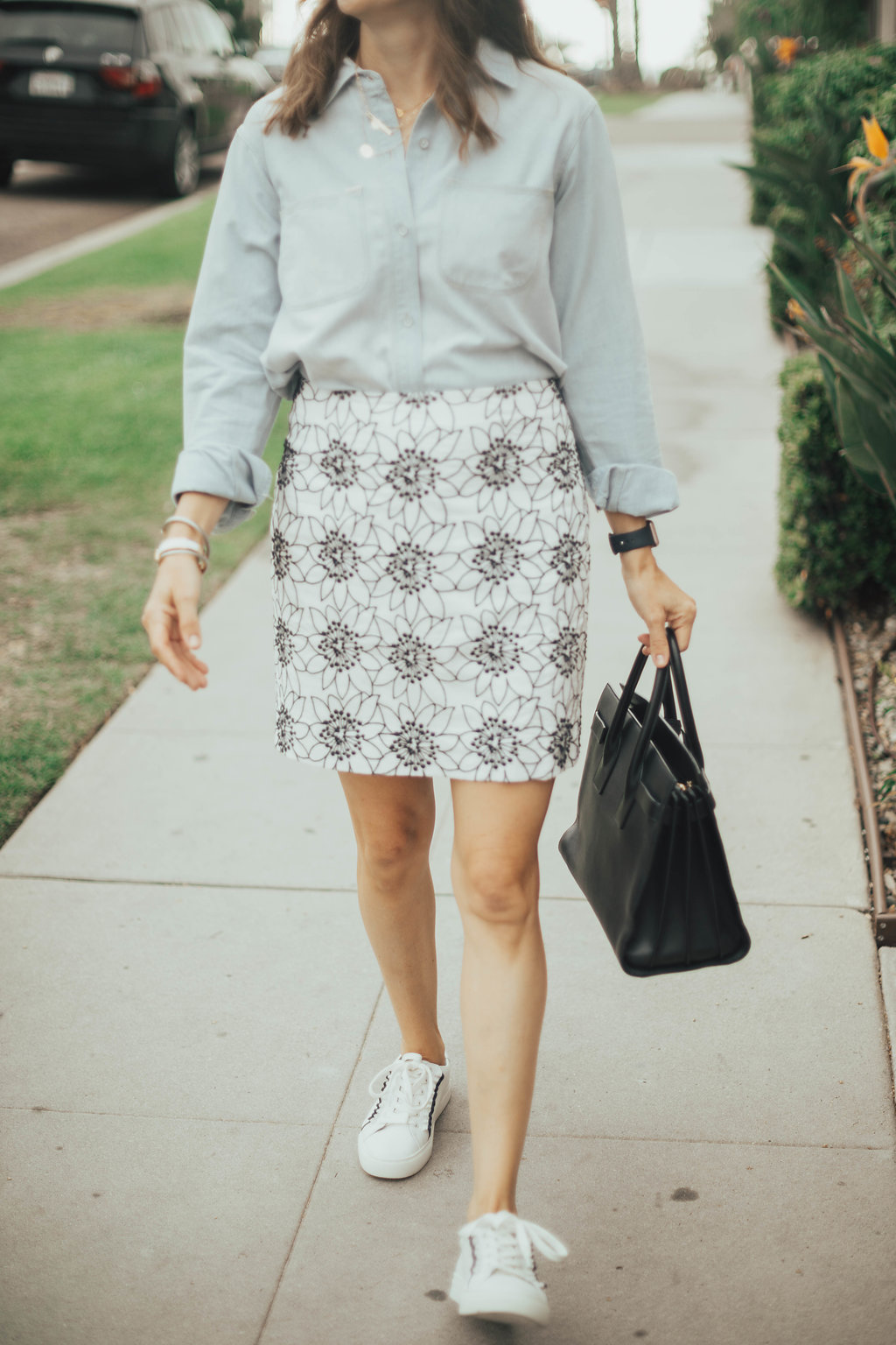 ruffle sneakers outfit