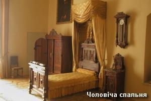 Чоловіча спальня в замку