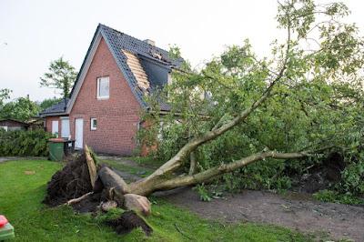 extrém időjárás, Hamburg, Németország, tornádó, esőcunami,