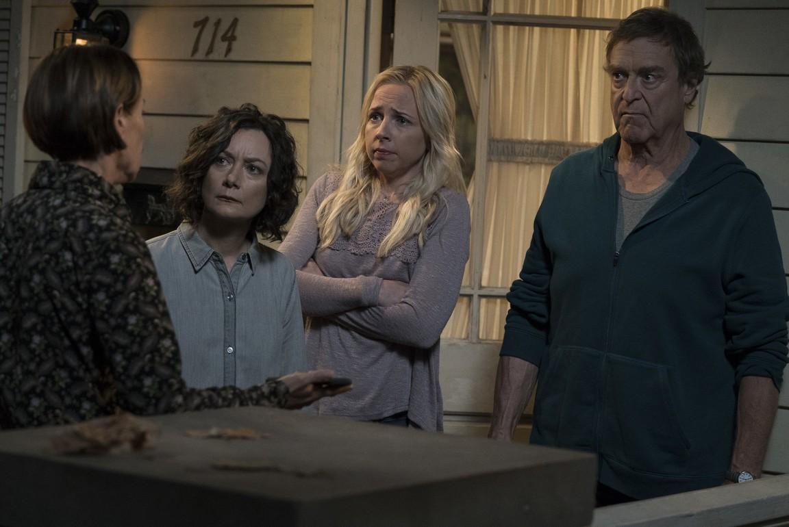 The Conners - Season 1 Episode 01: Keep on Truckin'