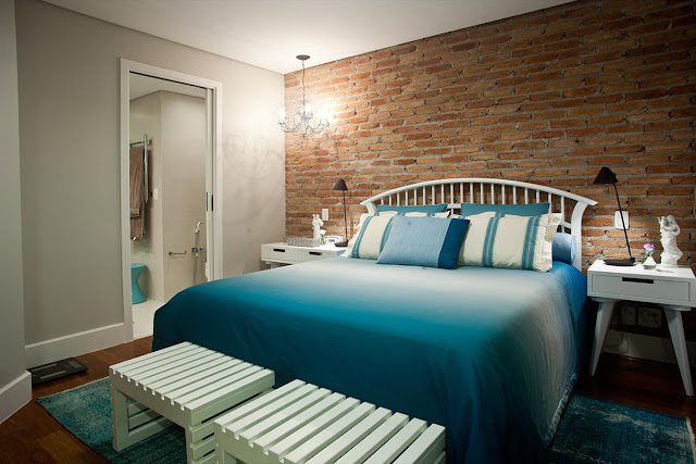 room-decor-brick-wall