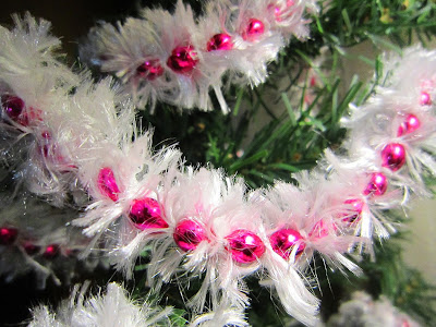 Fuzzy Winter White Beaded Garland