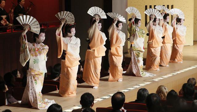 Kanazawa Odori (traditional dance), Ishikawa Pref.