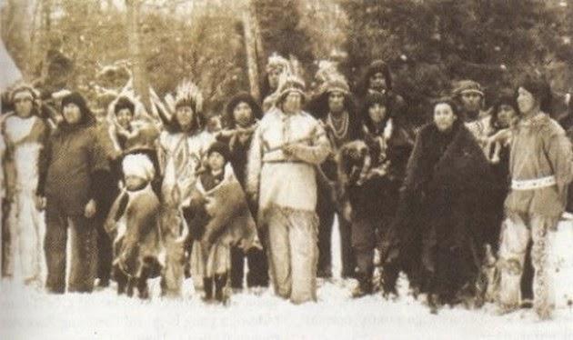 http://2.bp.blogspot.com/-CiIE90B-1ho/VVfkbWLiBMI/AAAAAAABDgA/mZJCpD9wMAs/s1600/suku-indian-penduduk-asli-benua-amerika-_150515235945-873.jpg