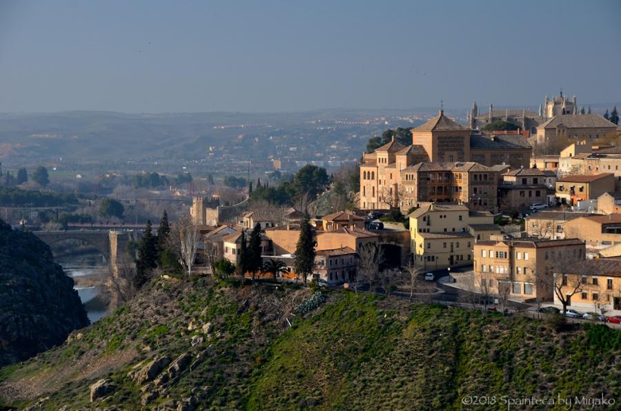 スペインの世界遺産トレドを展望台から眺めた風景