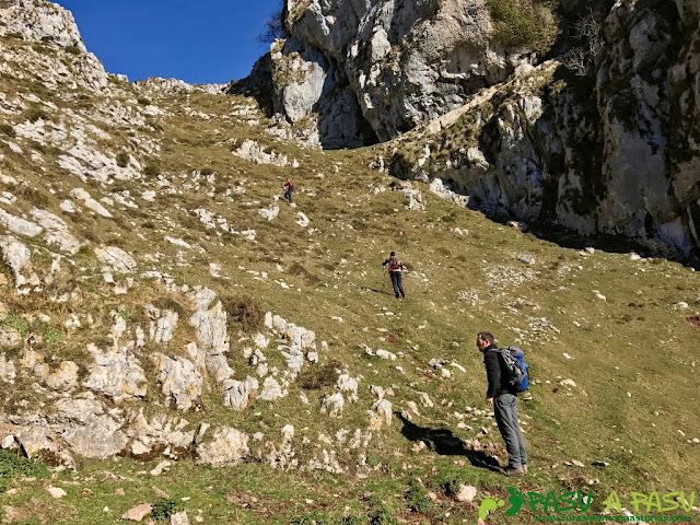 Sierra Juan Robre: Inicio de la Canal de la Colgaíza