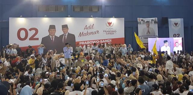 Kumpul Di GOR Cendrawasih, Ribuan Pendukung Siap Jalankan Pesan Prabowo