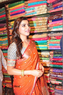 Actress Samantha Pictures in Saree at South India Shoping Mall Launch 0309