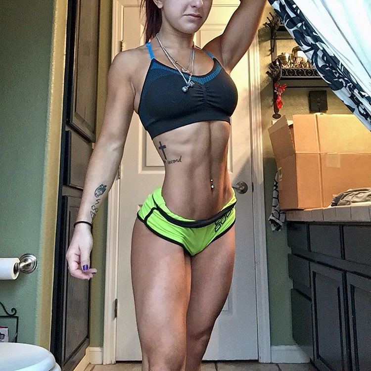 Taylor Vertucci Fitness Model from Texas Bikini Competitor