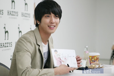 mecanismo de accion las enzimas yahoo dating: lirik see my eyes jung yong hwa dating