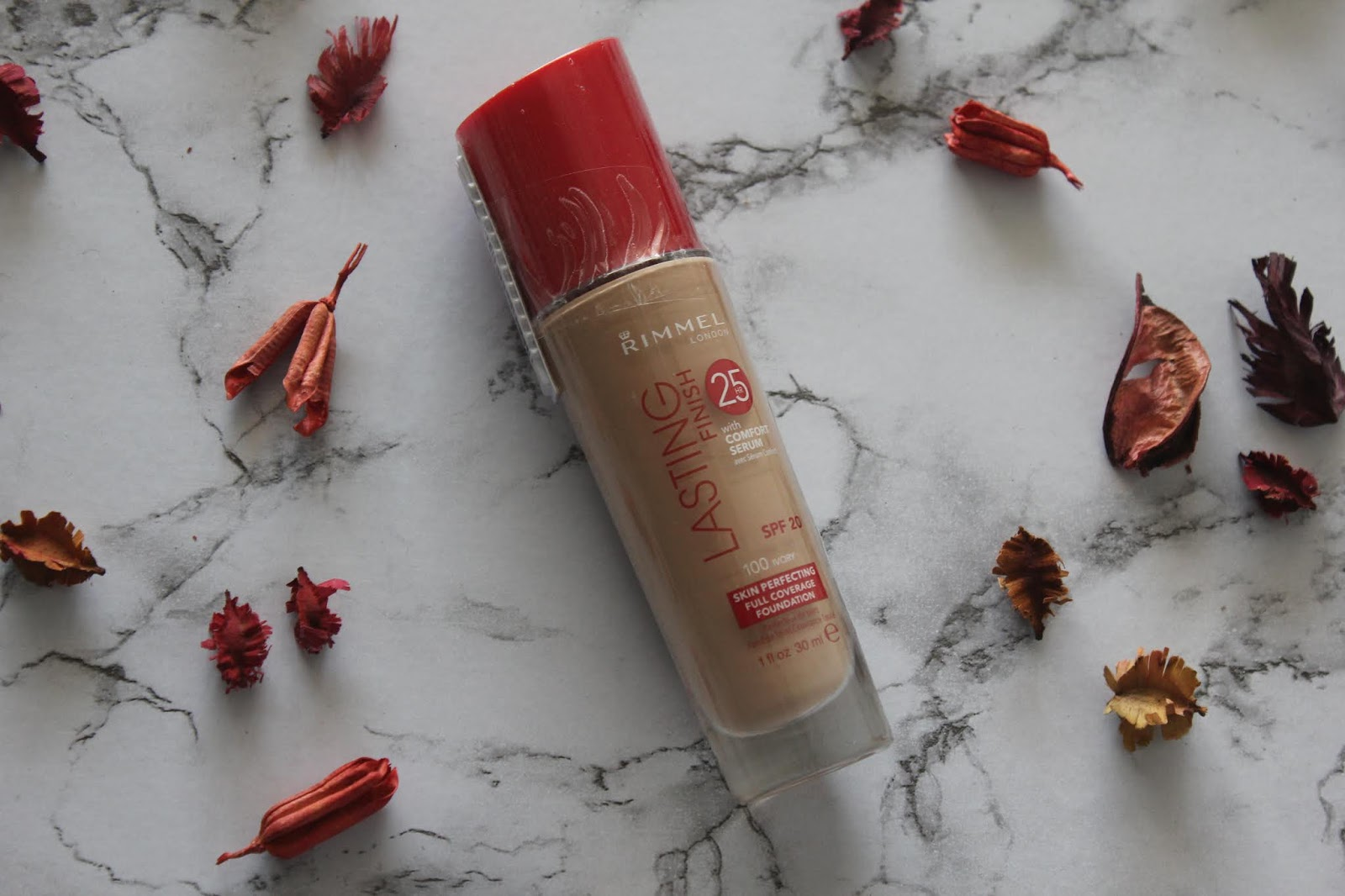 Rimmel Lasting Finish 25Hr Foundation (Ivory)