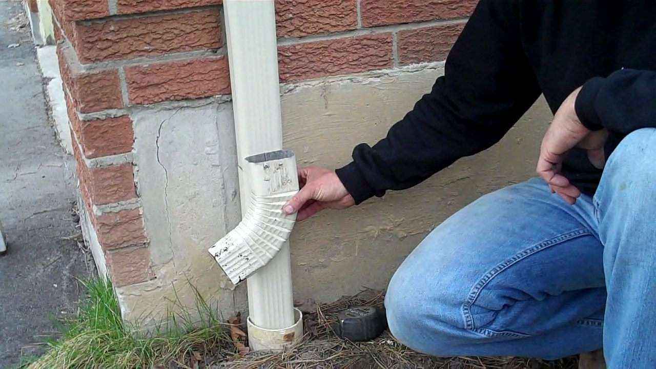 Toronto Eavestroughing Mandatory Downspout Disconnect Due