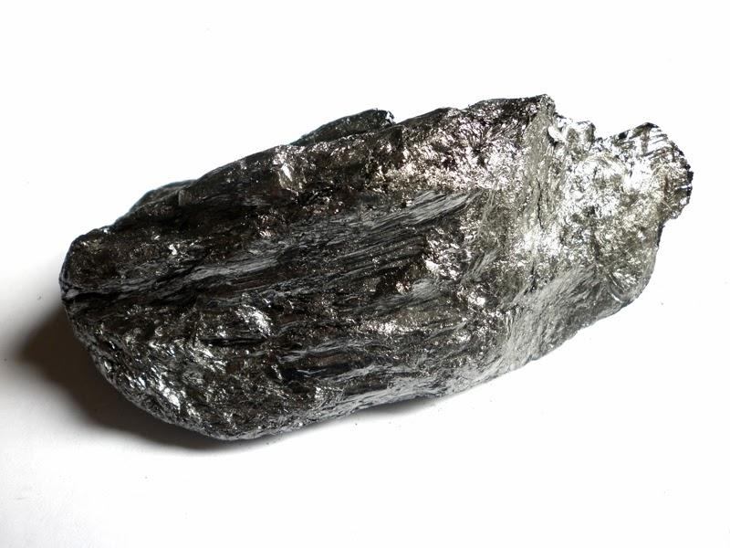 входит фото минерала графит себе