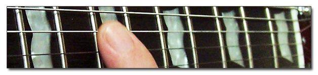 http://www.manualguitarraelectrica.com/p/armonicos.html