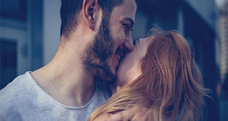 «Μετά από 11 χρόνια γάμου, βρίσκω τη γυναίκα μου πιο όμορφη από ποτέ»