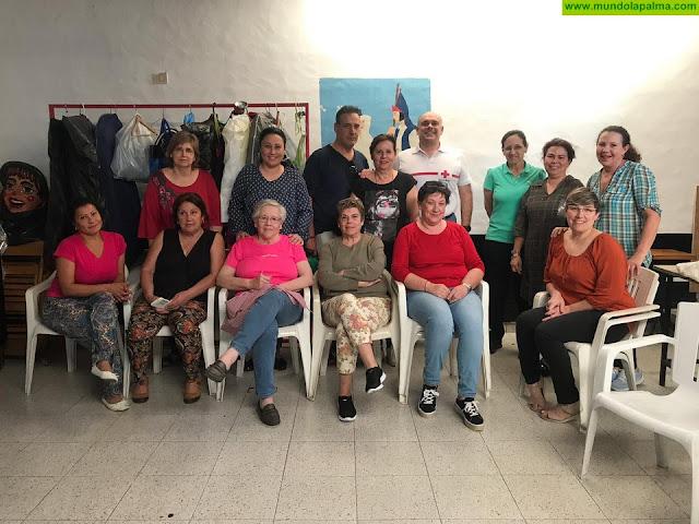 El Cabildo de La Palma lleva la formación de en primeros auxilios a las asociaciones de vecinos