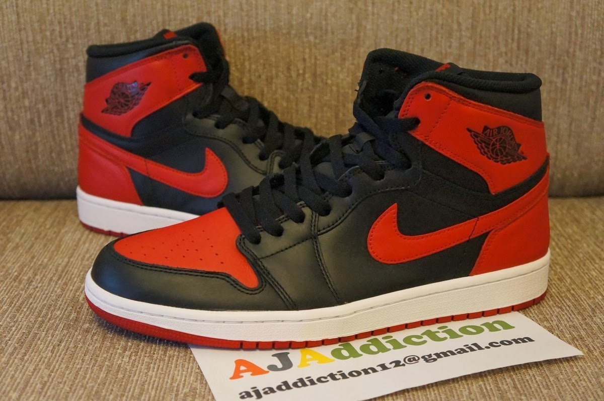 356d89ffe714 Here s a first look at one of this holiday season s biggest releases in in  the Black Red Air Jordan 1 Retro High OG. Last released just a few year s  ago in ...