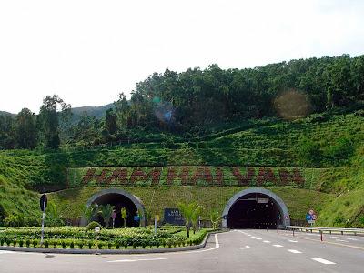 Passare nuvole Tunnel