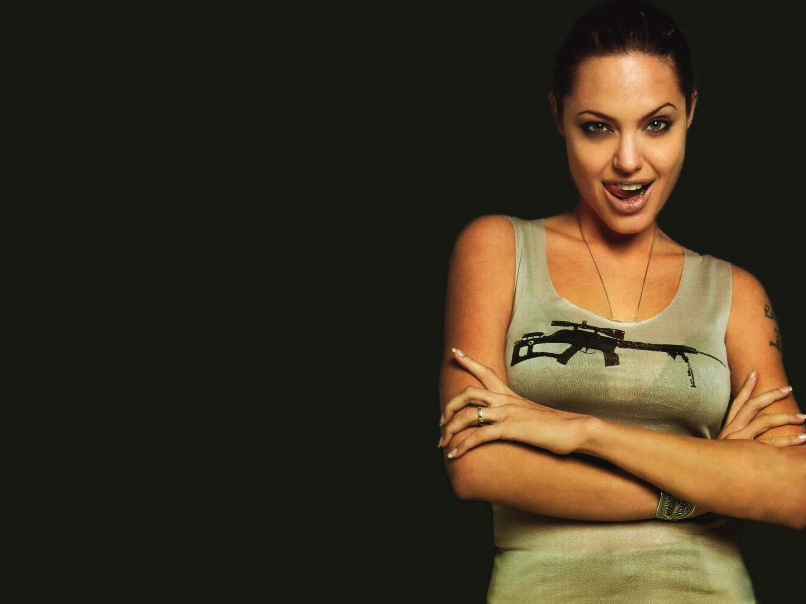 Angelina Jolie Hot Bold Sexy Pics in Hollywood Actress