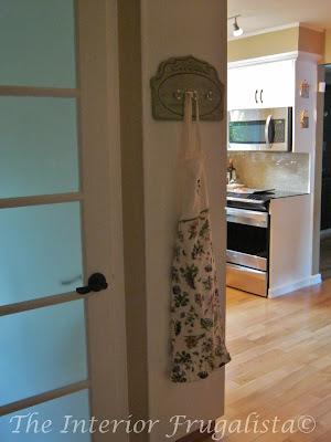 Kitchen Apron Hooks