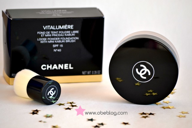 Vitalumiére_loose_powder_foundation_with_mini_kabuki_brush_CHANEL_Review_Photos_Swatch_03