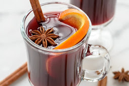 Slow Cooker Spiced Wine (Mulled Wine)