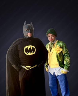 Pátio Alcântara recebe a peça infantil 'Batman e o Coringa'