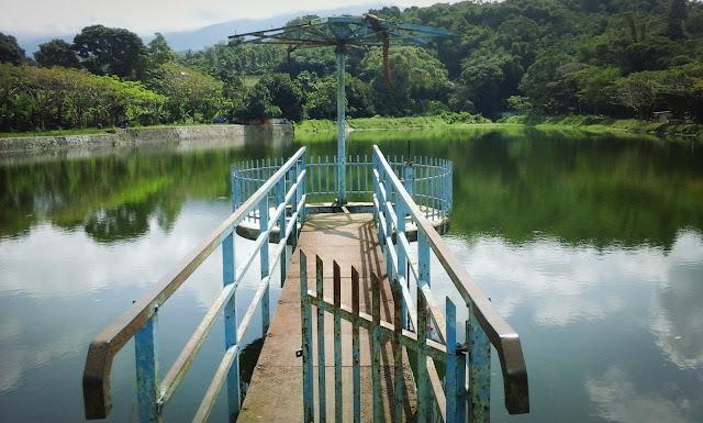 Danau Batu Karut Sukabumi