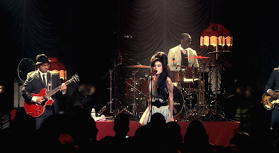 """Lirik Lagu Amy Winehouse - Tears Dry On Their Own"""