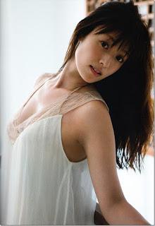 Gái xinh facebook Kyoko Fukada