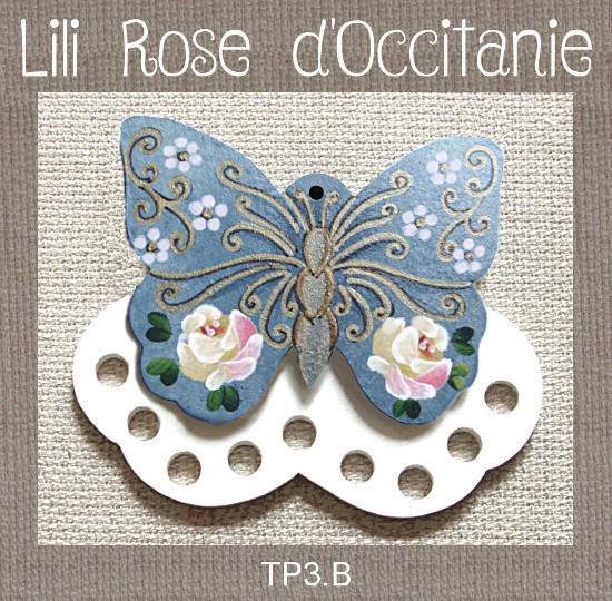 """Tri-fils bois peint """"papillon bleu et or orné de roses jaunes"""". Broderie et point de croix"""