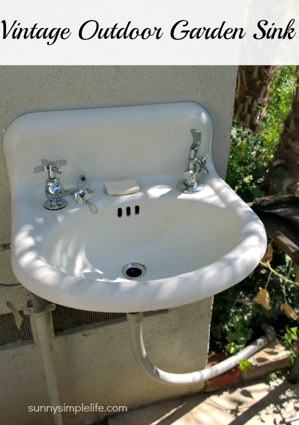 Sunny Simple Life Vintage Outdoor Garden Sink