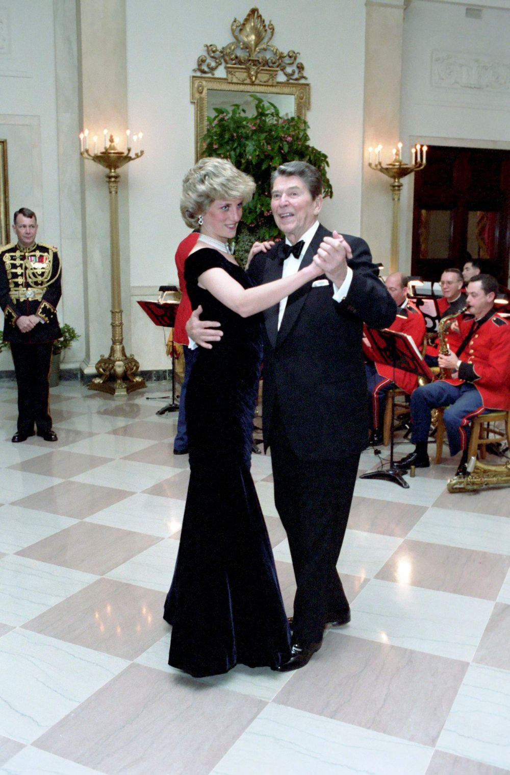 Travolta Dress The Story Behind The Dress Princess Diana