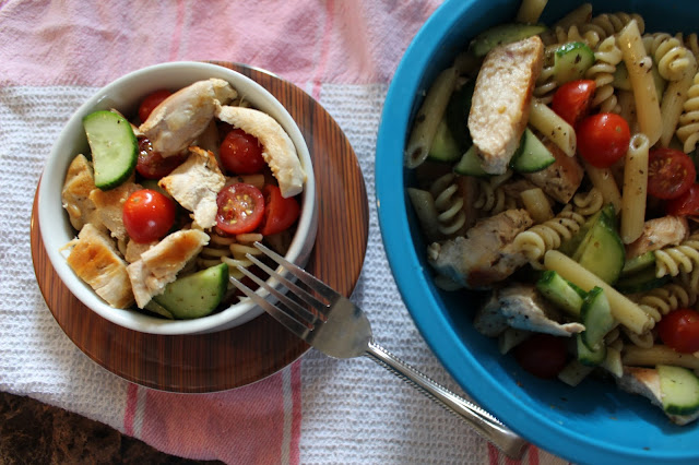 #PouletCA #ad- Salade de poulet d'été