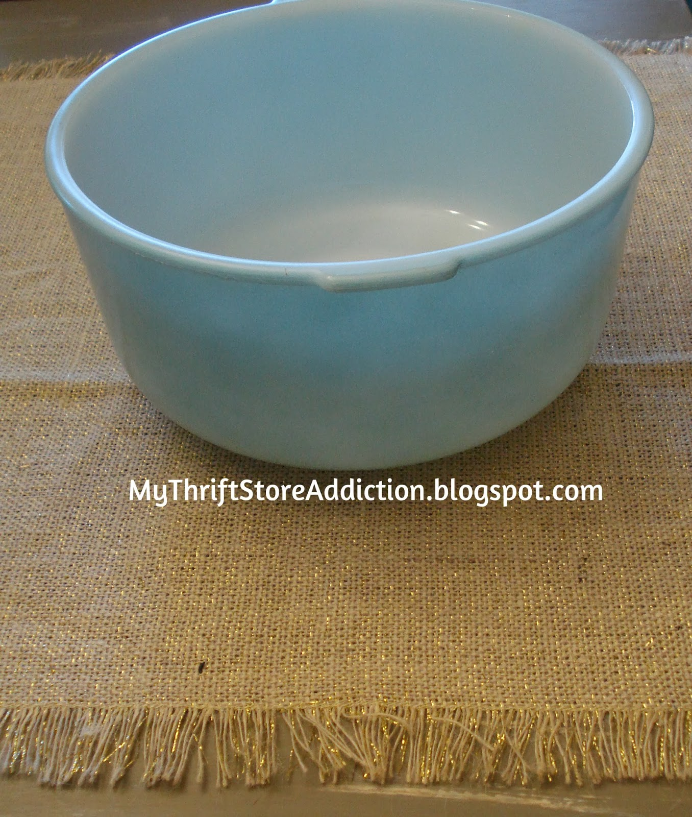 Vintage Sunbeam Glasbake mixing bowl
