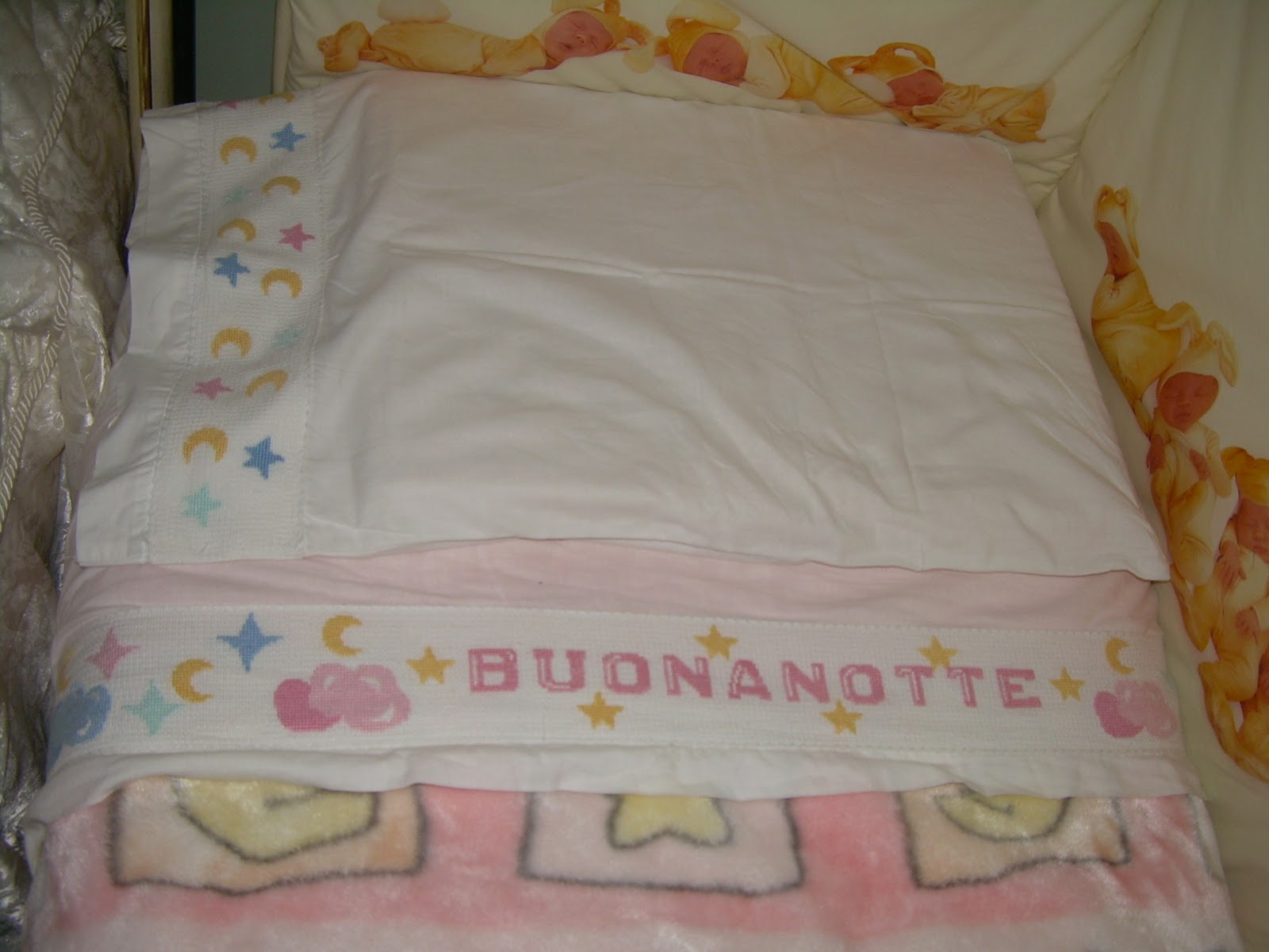 Le creazioni di chicca copertine e lenzuolini punto croce for Disegni punto croce per lenzuolini neonati