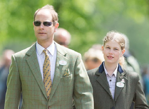 Sophie Countess of Wessex attends The Royal Windsor Horse Show, Countess jeweler, diamond earrings, fashions dress, diamond tiara