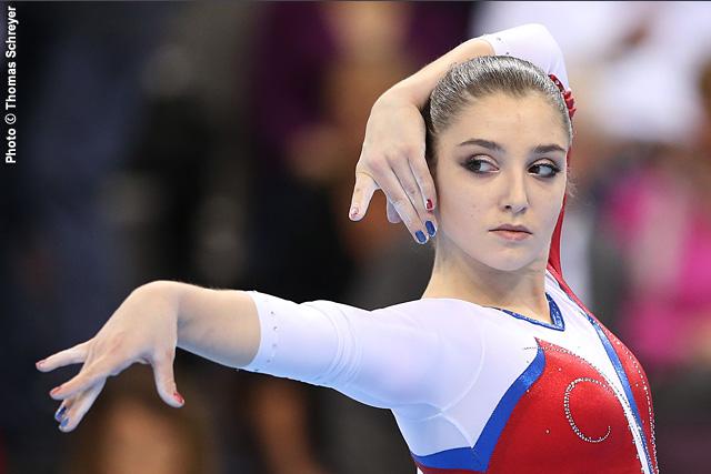 Viktoria Komova and Aliya Mustafina  Photos  Facebook