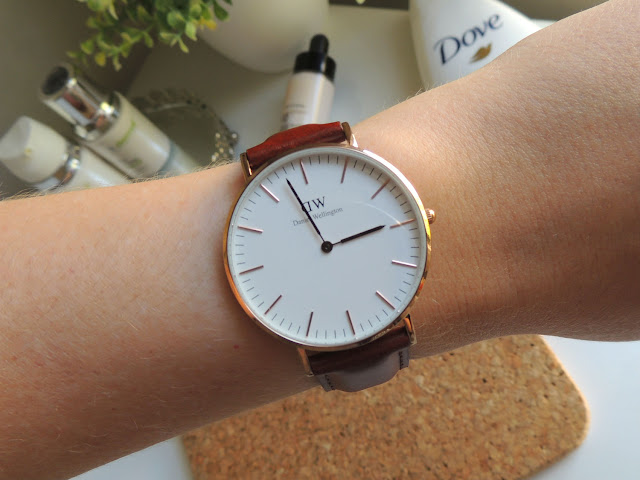 Jane Wonder || June and July Favourites - Daniel Wellington Classic St Mawes 36mm in Rose Gold