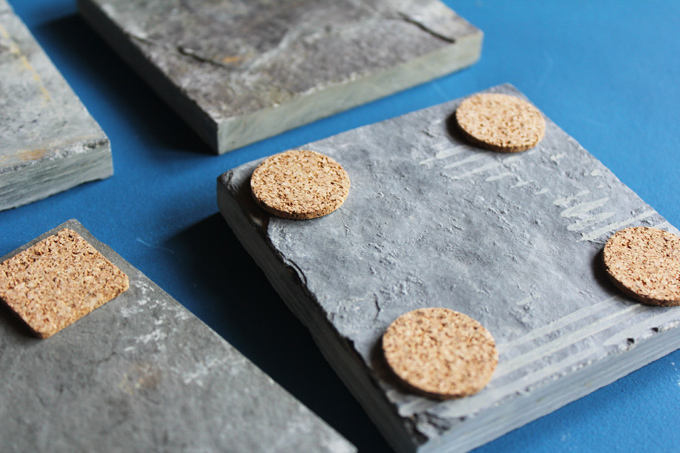 how to make stone coasters http://www.archieandtherug.com/