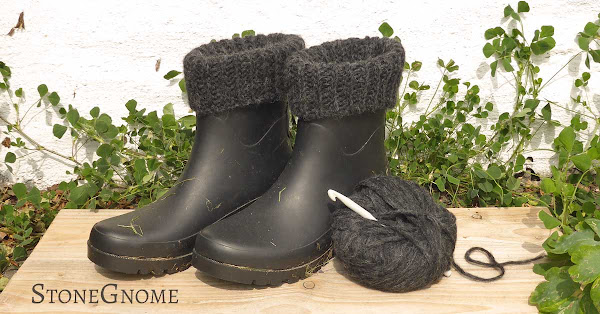 Crocheted boot cuffs done. Free Pattern