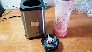 20171228 150433 Homgeek Mini Blender, frullatore per smoothies, frutta, verdura con due bicchieri staccabili