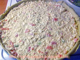 Τυρόπιτα με χωριάτικο φύλλο, ντομάτα και πιπεριά - από «Τα φαγητά της γιαγιάς»