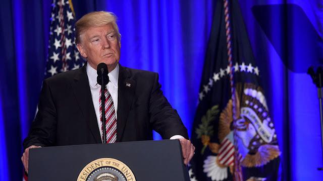 Una petición popular para que Reino Unido anule la visita de Trump suma ya más de 800.000 firmas