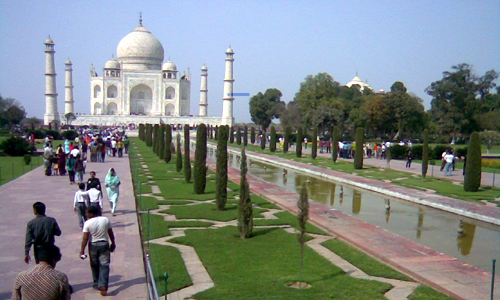 Tourist Attractions - Taj Mahal - travelmaniak.info