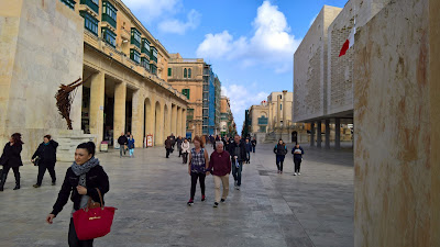 Main street in La Valletta.